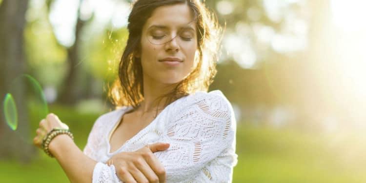 Actualités Equilibre de Vie - 5 exercices de sophrologie pour se relaxer